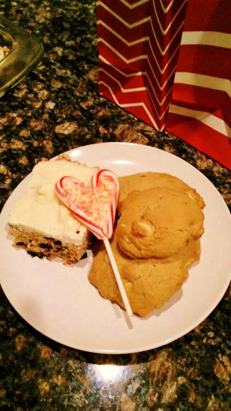 white-chocolate-macadamia-rice-krispy-treat-2