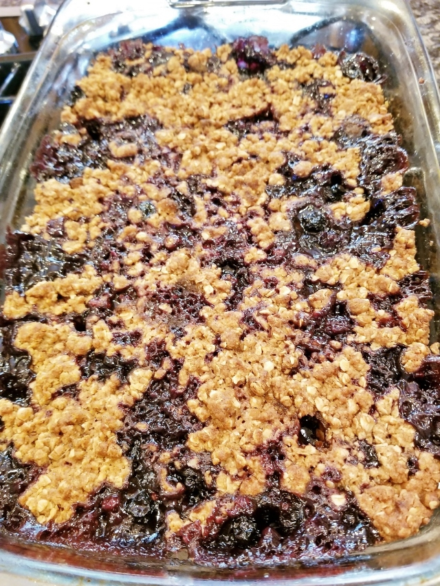 Blueberry Cobbler Crisp (2)